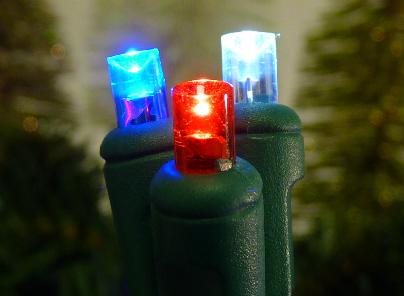 5mm Wide-Angle 70 Red, White & Blue LED String / Green wire